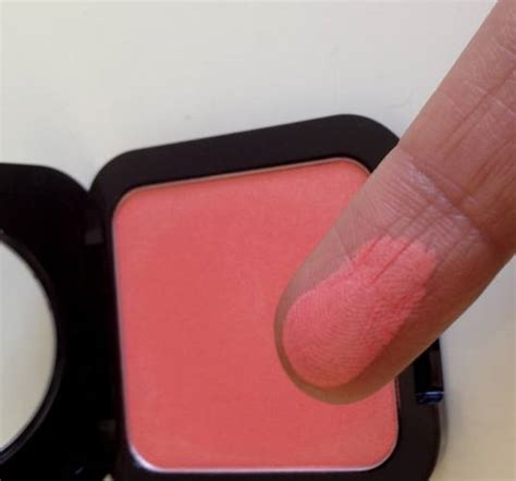 Nyx High Definition Blush On nyx summer high definition blush review
