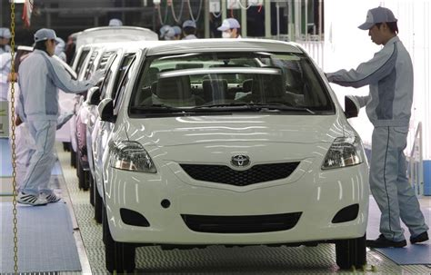 toyota company japan toyota will resume production at all japan plants from