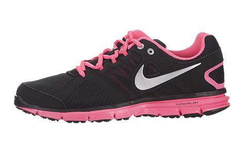 Nike Lunar Forever 2 archive nike s lunar forever 2 sneakerhead 554895 002