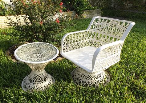 fiberglass patio furniture still stunning vintage resale vintage woodard