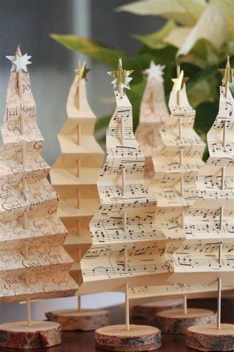 weihnachtsdeko diy ideen altes notenpapier weihnachtsbaum