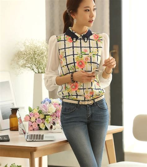 Blouse Motif The Limited by Blouse Wanita Motif Bunga Cantik Model Terbaru Jual