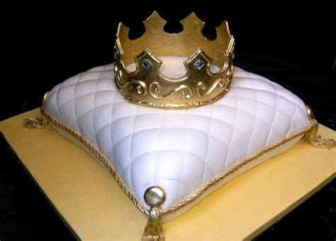 Crown On Pillow Cake by Crown On Pillow Groom S Cake Cakecentral
