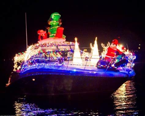 sarasota boat parade what s happening in sarasota for this season