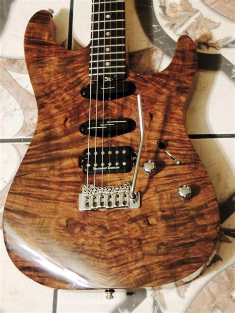 Handmade Guitars Uk - nzaganin custom handmade strat