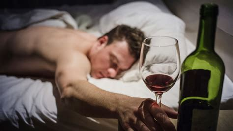 red wine before bed can wine before bed really help you lose weight