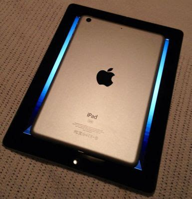 ipad mini vs. ipad pictured: how big is it?