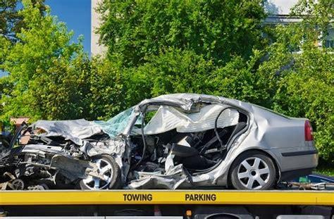 Totalschaden Auto Verkaufen by Unfall Auto Verkaufen Ohne Reparatur Autodandler De