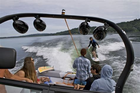 wakeboard boat vs bowrider how to setup weight your boat for wakesurfing evo