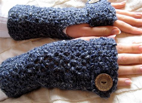 free pattern for crochet fingerless gloves 17 fingerless gloves crochet patterns guide patterns
