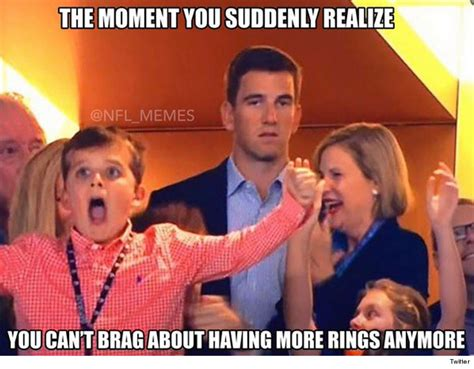 Peyton Superbowl Meme - eli manning i can explain my super bowl face tmz com