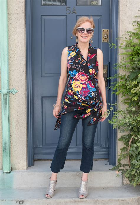 perfect style for a 60 year old how to wear jeans over 40 guidelines and ideas for