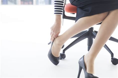 high heels health and safety and high heels in the workplace