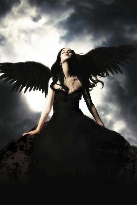 raven strange  girl    worldx