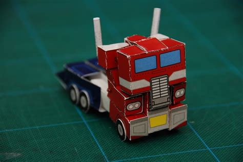 How To Make Optimus Prime Out Of Paper - how to make optimus prime out of paper 28 images cubee