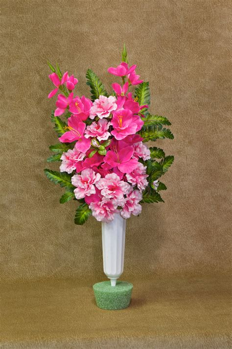 Flowers For Cemetery Vases by Silk Flower Memorial Vase Cemetery Vase Cemetery Cup