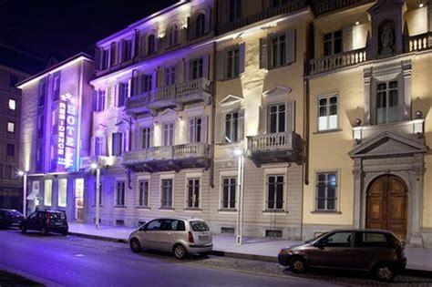 avis torino porta susa hotel al porta susa b b 224 turin compar 233 dans 2 agences