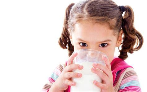 membuat oralit balita dibanding susu biasa susu skim terbukti membuat balita