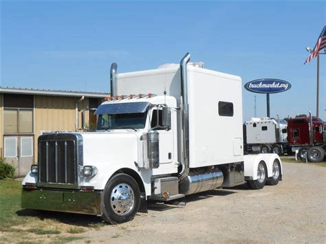 Used Semi Sleepers For Sale by Used 2007 Peterbilt 379 Tandem Axle Sleeper For Sale In Ms 5898