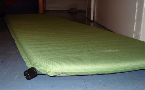 file self inflating mat jpg wikimedia commons