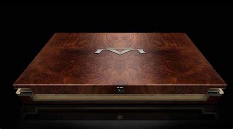 Laptop Apple Macbook Termahal 5 laptop termahal di dunia