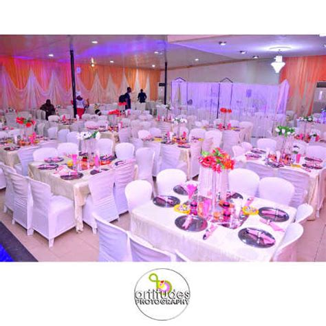 pictures  lovely wedding reception decorations  cakes