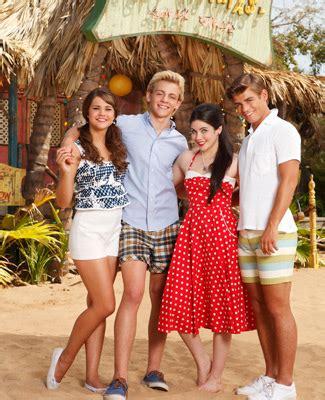 how to make beehive teen beach movie image cast teen beach movie gallery 325 abc jpg teen