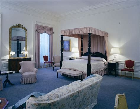 white house bedroom white house rooms red room president s bedroom sitting