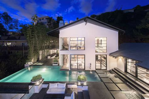 calvin harris house calvin harris puts his hollywood mansion up for sale noiseporn