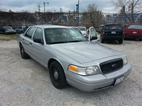 how to learn about cars 2007 ford crown victoria interior lighting buy used 2007 ford crown victoria police interceptor sedan 4 door 4 6l p71 in chicago illinois