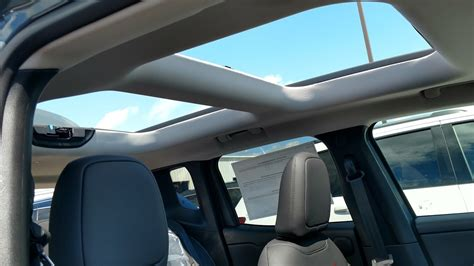 jeep renegade removable roof 2017 jeep renegade mysky demo youtube