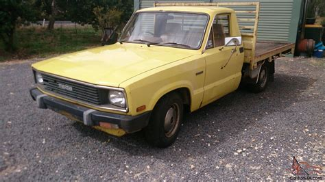mazda b2000 dlx 1985 ute 5 sp manual 2l carb