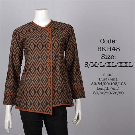 Baju Blouse Batik probably will ask penjahit to make the longer version of it to cover my big thighs
