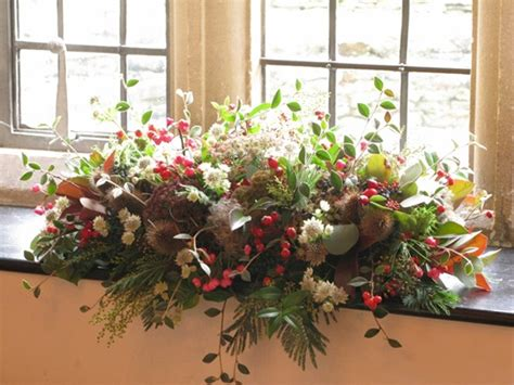 Flower Arrangements For Autumn Wedding by Beautiful Floral Arrangements From An Autumn Hedgerow