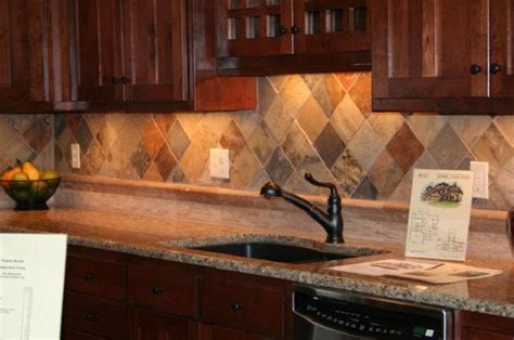 backsplash ideas for kitchens 1000 ideas about kitchen backsplash on tile