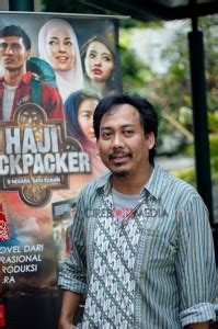 Haji Backpacker New Aguk Irawan bedah buku quot haji backpacker quot bersama lulu tour and travel