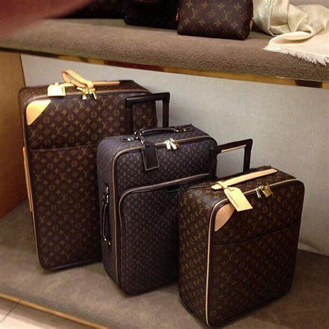 Lv Set 25 best lv luggage ideas on louis vuitton