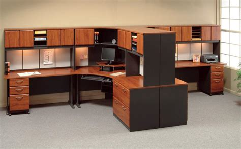 modular office furniture for space efficiency office
