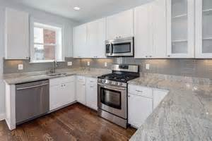 Backsplashes With White Cabinets by Backsplash With White Cabinets And Granite Home Design Ideas