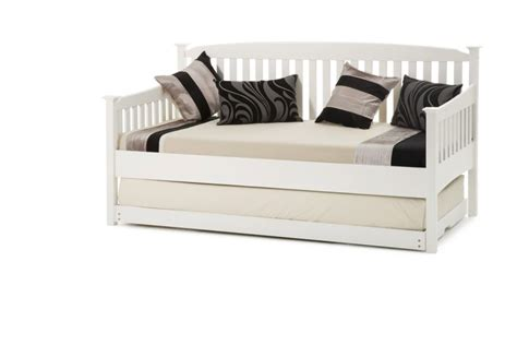day bed day beds serene eleanor day bed click 4 beds