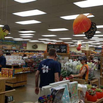 trader joe s 86 photos 105 reviews supermarkets