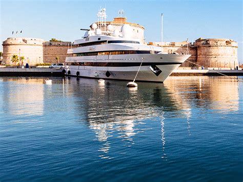 di civitavecchia porto storico di civitavecchia port mobility civitavecchia