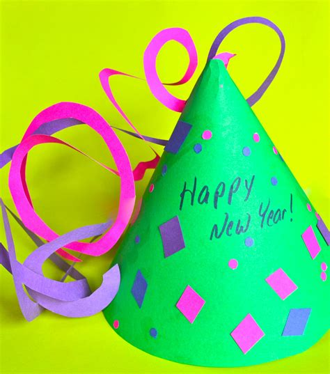 new years craft for drop in craft new year s hat the community library