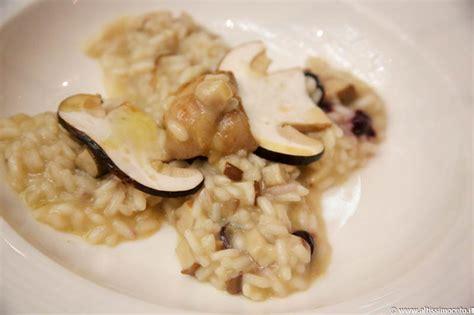 funghi porcini come si cucinano risotto con funghi porcini animelle e mirtilli una