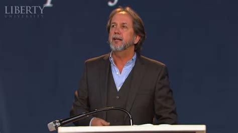 florida megachurch pastor resigns  admitting
