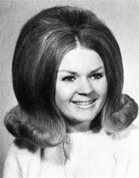 1960s bouffant hairstyle 293 best images about vintage hairstyles on pinterest