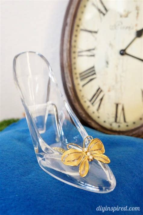 Cinderella Movie Diy Glass Slipper And Pillow Diy Inspired Cinderella Glass Slipper Centerpiece