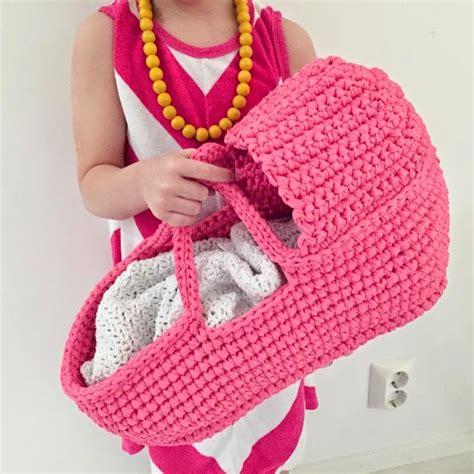 pinterest pattern baby crochet doll s carry basket free pattern by paapo ƭɽღ