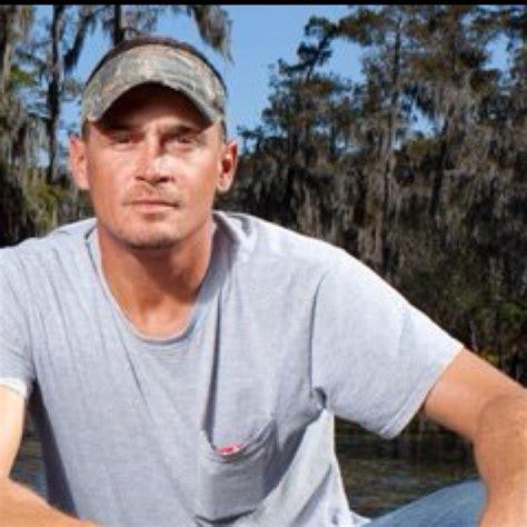 how much money does an alligator hunter make alligator prices troy landry alligator hunter and sw man new