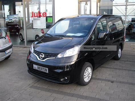 nissan nv 200 1 5 dci evalia premium 7 seater 2011 estate